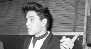 Elvis is back Haircut